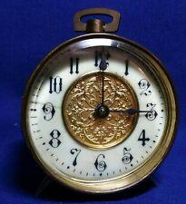 Sehr alter Nachttisch Wecker Tischuhr von der British United Clock Company UK
