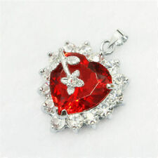 Solitaire red Heart -shaped crystal zircon pendant With Necklace