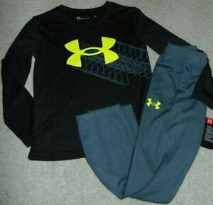~NWT Boys UNDER ARMOUR Outfit! Size 4 Super Cute:)!