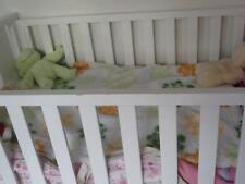 White King Parrot baby crib
