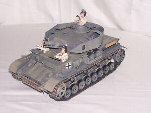 Ultimate Soldier 1/18 WWII German Panzer Tank(grey) w/3 Man Crew