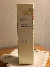 Round A Round Daffodil Silky Emulsion 100 ml / 3.38 fl oz
