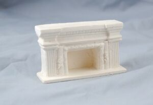 Half Scale Fireplace - Arched UMF11  1/24  polyresin dollhouse Unique Miniatures