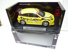 1:18 WELLY /MOTORMAX  2002 FORD FOCUS ZX3 Yellow In  BOX RARE!!