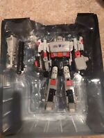 Transformers Titans Return voyager class Megatron with Doomshot