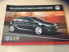 ASTRA HATCHBACK & SPORTS TOURER 2012 MODELS BROCHURE Edition 1, 68 Pages