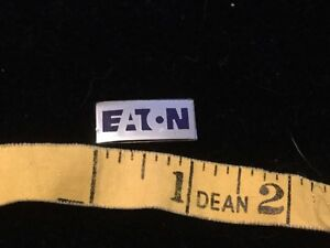 C1970S VINTAGE EATON (TRAILERS) PROMOTIONAL ENAMEL PIN BADGE