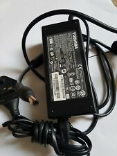 Original Toshiba laptop charger 19v 6.32A (120W) complete with uk lead