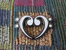 D Bass Clef EDM Dubstep Bass Music DJ Glow in the Dark Love Heart Enamel Hat Pin