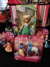 Lot de 3 Princesses Disney + une poupée de la fée Clochette. NEUVE !