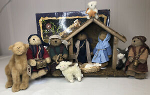 2005 Boyd's Bear Collection 11 pc Plush Nativity Manger Set With Box
