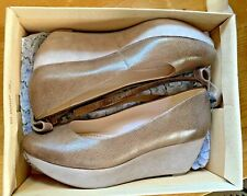Leather / Suede Wedge Shoes Size 5.5