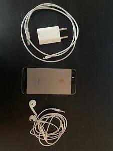 iphone 5s noir avec chargeur et écouteur, occasion, super etat apple