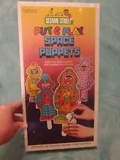 MIB - Sesame Street Put & Play Space Puppets Paper Dolls w Muppets 1981