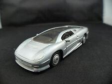Shell Maisto Jaguar XJ220 1/40