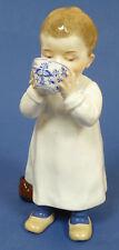 Meissen personaje-hentschelkind-niño de una taza trinkend-Rest. #14847