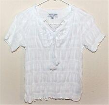 AUGUST SILK Women's white short sleeve petite V-neck top, blouse. Size PM. NWOT