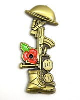 British Military Soldier LEST WE FORGET Pin Badge P0pyy Army Remembrance UK