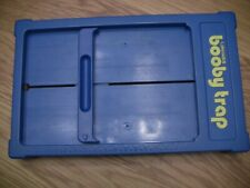 VINTAGE BOOBY TRAP PLASTIC REPLACEMENT BOARD NEEDS RUBBER BAND