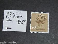 QE II Decimal Machins, SG: 921 50p, Ochre brown, 2 bands, MNH