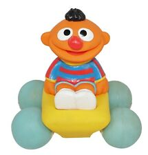 ERNIE IN CAR VEHICLE FROM SESAME STREET HENSON - ILLCO TOY FIGURE VINTAGE 1991