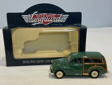Vanguards Days Gone Morris Minor Traveller 1960 Diecast Model Car