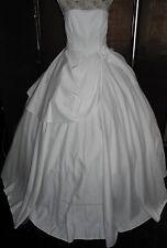 NEU Brautkleid Gr. 40 von LAURA SCOTT +Kopfschmuck+Tasche + Handschuhe+Stola