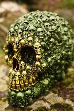 SK265 B TETE MORT  FIGURINE  CRANE VERT RELIEF STYLE METAL  GOTHIQUE SKULL