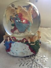 Three Angels Musical Snow Globe - Hark! The Herald Angels Sing Song