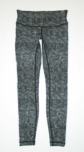 LULULEMON Athletic Leggings BLACK Geometric Patterned WUNDER UNDER Yoga Pants 6