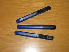 3 Stück Cuttermesser klein mit Kunststoffschale und Einsteckbügel