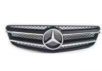 New Genuine MERCEDES BENZ C-Class W204 Front Bumper Center Radiator Grill OEM