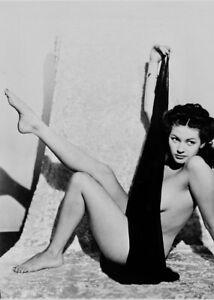 Yvonne de Carlo nude - circa 1940s - reprint - multiple sizes: 702