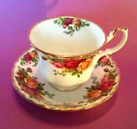 Royal Albert Teacup And Saucer - Old Country Roses - Bone China - England