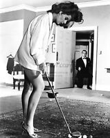"""SEAN CONNERY AND EUNICE GAYSON IN """"DR. NO"""" JAMES BOND - 8X10 PHOTO (RT498)"""