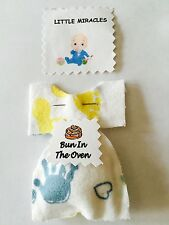 LM  20 WHOS GOT THE BUN IN THE OVEN BABY SHOWER FAVOR GAME