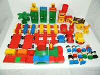 Lot Vintage Lego Duplo accessories Pieces Parts - Dinosaurs vehicles Doors bases
