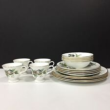 16 PC Set BOEHM CHICKADEES & HOLLY English Bone China Dinnerware Plate Bowl Cup