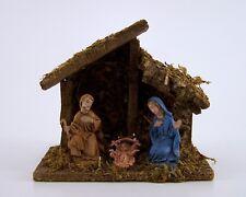Weihnachtskrippe aus Holz mit Moos und 3 handbemalten Figuren