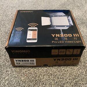 Yongnuo YN300 III 3200K-5500K LED Video Light Kit + Battery