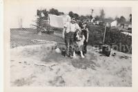 Vintage FOUND PHOTOGRAPH bw FREE SHIPPING Original Snapshot 82 29