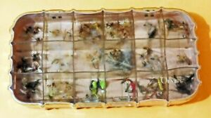 """""""ORVIS 18 WINDOW FLY BOX PLASTIC  90 % UNFISHED NYMPH & DRY FLIES  OF 87 FLIES"""