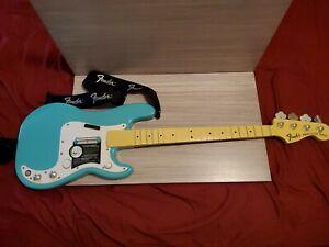 Xbox 360 Rock Band Fender Precision Bass Guitar Harmonix Seafoam Green USED Rare