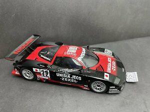 1:18 AUTOART Nissan R390 GT1 #22 Suzuki / VOTI 209