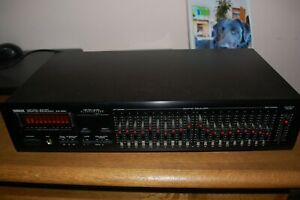 Yamaha EQ-550  Natural Sound Graphic Equalizer
