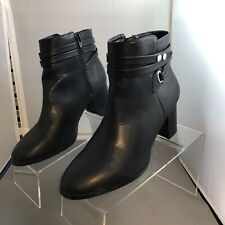 Womans Size 8 Black Ankle Boots, Forever21 Brand