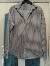 GREY AND BLACK LONG  SLEEVED SHIRT, SIZE SMALL
