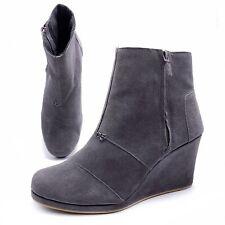Toms Desert Wedge High Booties Womens 10 Gray Suede Zip Wedge Ankle Booties