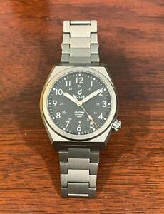 BOLDR Venture Automatic Watch with Titanium Bracelet - Carbon Black