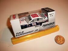 2013 1:64 Dale Earnhardt Jr #88 NATIONAL GUARD YOUTH FOUNDATION Diecast Car